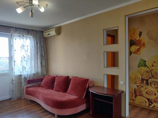 Однокомнатная квартирапосуточно в Одессе, Киевский район, ул. Шклярука, 8. Фото 1
