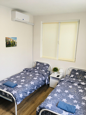 room daily Uzhgorod, ул. Василия Балога, 4А. Photo 1