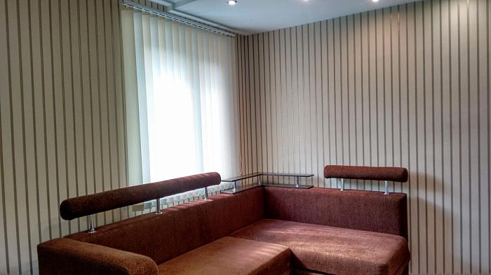 3 rooms apartmentsdaily Voznesensk, ул. Космодемьянской, 97. Photo 1