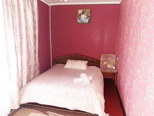 2 rooms apartmentsdaily Lutsk, ул. Гулака Артемовского, 13. Photo 1