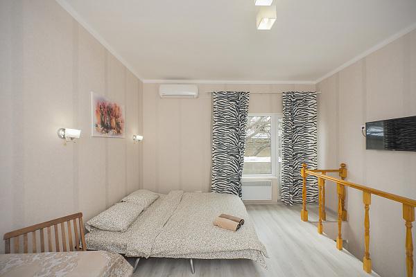 1 room apartmentsdaily Odessa, Primorskiy district, ул. Екатерининская, 80. Photo 1