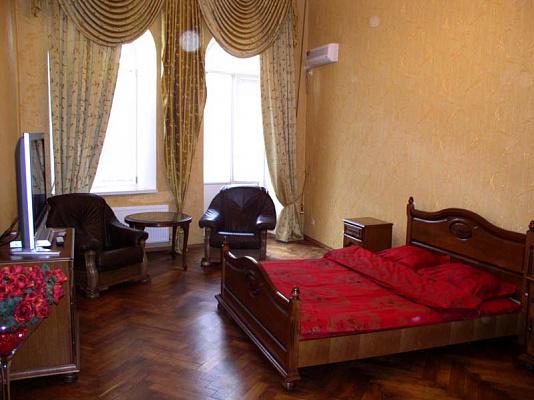 Двухкомнатная квартирапосуточно в Одессе. Приморский район, Садовая, 7. Фото 1
