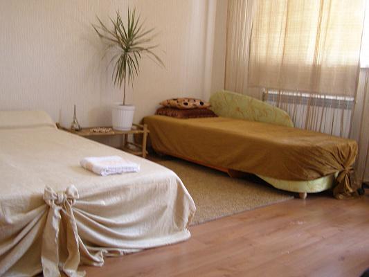Комната посуточно в Одессе. Киевский район, 2-ой пер. Амундсена, 31. Фото 1