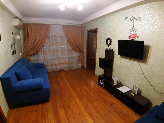 2 rooms apartmentsdaily Mariupol, Primorsky district, пр-т Нахимова, 132. Photo 1