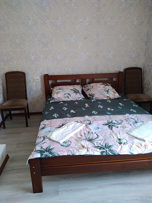 2 rooms apartmentsdaily Odessa, Suvorovskiy district, ул. Красная, 14. Photo 1