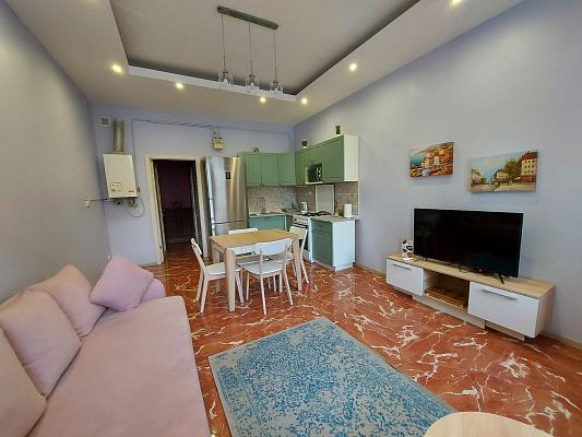 2 rooms apartmentsdaily Odessa, Primorskiy district, ул. Ланжероновская, 19. Photo 1