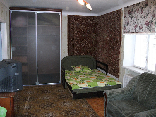 Однокомнатная квартирапосуточно в Киеве. Святошинский район, Салютная. Фото 1