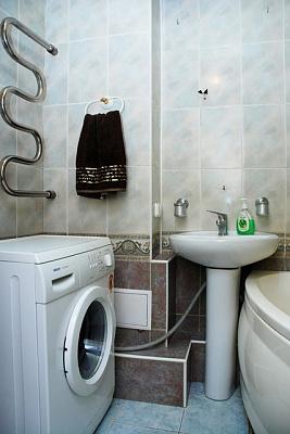 Двухкомнатная квартирапосуточно в Киеве, Днепровский район, ул. Березняковская, 38