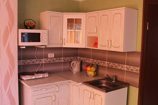 1-комнатная квартира посуточно в Евпатории. Евпатория, Евпатория, ул революции,, 11, 11. Фото 1