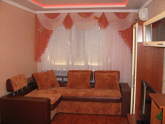Однокомнатная квартирапосуточно в Харцызке. ул. Сеченова, 5. Фото 1
