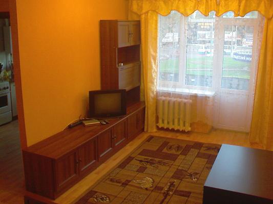 Однокомнатная квартирапосуточно в Кривом Роге. Саксаганский район, пр.Гагарина, 3. Фото 1