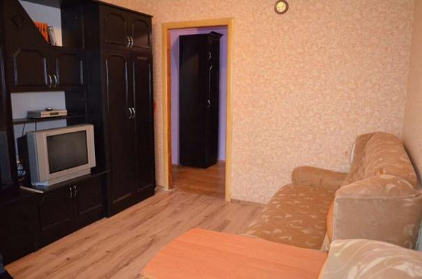 Однокомнатная квартирапосуточно в Ровно. ул. Даниила Галицкого, 9а. Фото 1