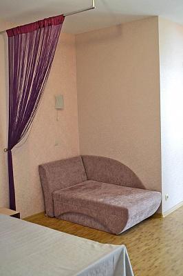 Однокомнатная квартирапосуточно в Феодосии, ул. Профсоюзная, 37