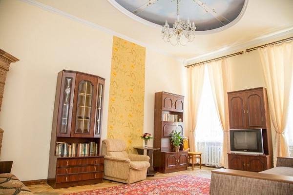 2-комнатная квартира посуточно в Львове. Галицкий район, ул. Ивана Огиенко, 20. Фото 1