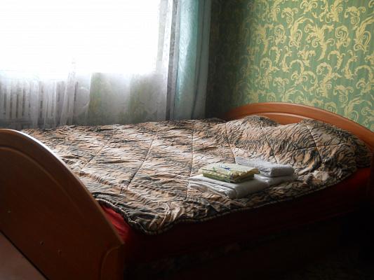 Однокомнатная квартирапосуточно в Ивано-Франковске. ул. Миколайчука, 8. Фото 1