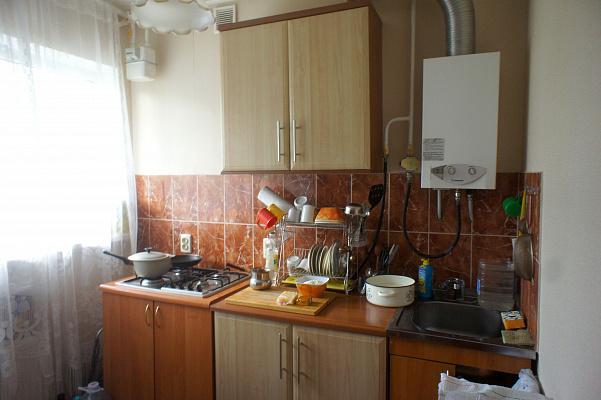 Однокомнатная квартирапосуточно в Алуште, ул. Морская, 11
