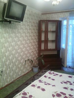 Однокомнатная квартирапосуточно в Симферополе, Киевский район, ул. Кирова, 82. Фото 1