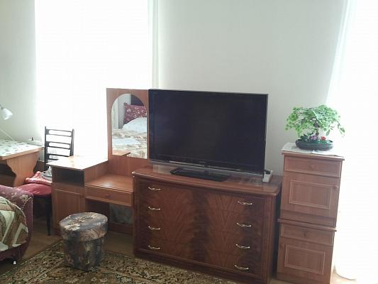 Однокомнатная квартирапосуточно в Севастополе, Ленинский район, ул. Новороссийская, 5