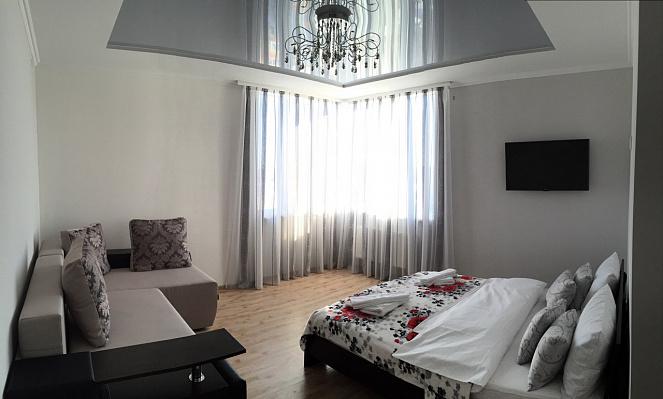 Однокомнатная квартирапосуточно в Трускавце. ул. Помирецкая, 9. Фото 1
