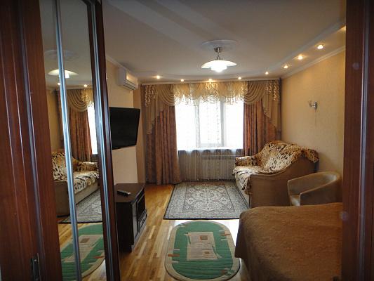 Однокомнатная квартирапосуточно в Ивано-Франковске. Вагилевича , 5. Фото 1