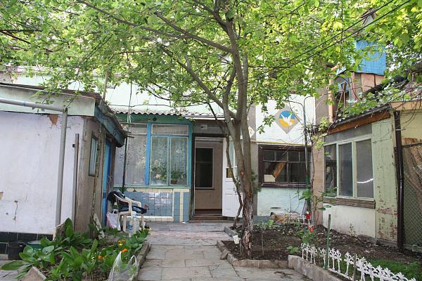 4-комнатная квартира посуточно в Одессе. Суворовский район, ул. Черноморская, 2. Фото 1