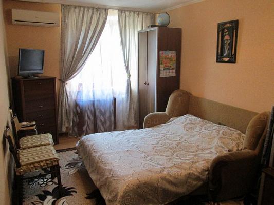 Однокомнатная квартирапосуточно в Алуште. Ленина, 28. Фото 1
