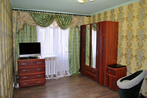 Однокомнатная квартирапосуточно в Донецке. Калининский район, ул. Капитана Ратникова, 18. Фото 1