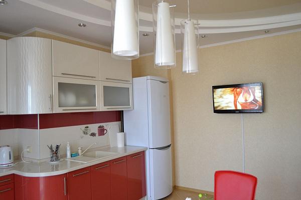 Однокомнатная квартирапосуточно в Севастополе. Гагаринский район, ул. Парковая, 14-а. Фото 1