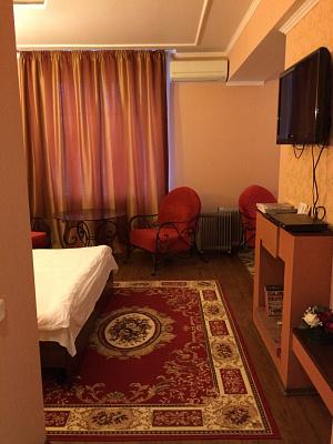 Однокомнатная квартирапосуточно в Кривом Роге. Долгинцевский район, ул. Косиора, 82. Фото 1