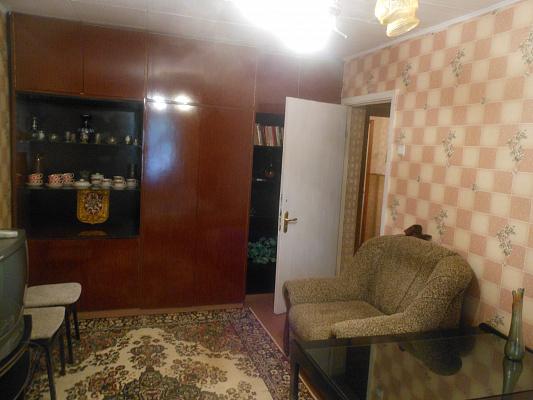 Двухкомнатная квартирапосуточно в Евпатории, ул. Сытникова, 8
