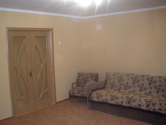 Двухкомнатная квартирапосуточно в Мелитополе. ул. Гагарина, 1. Фото 1