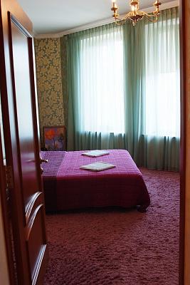 Четырехкомнатная квартирапосуточно в Одессе, Приморский район, ул. Елисаветинская (Щепкина), 15. Фото 1