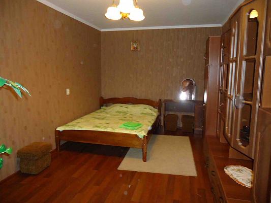 Однокомнатная квартирапосуточно в Луцке, ул. Конякина, 12а. Фото 1