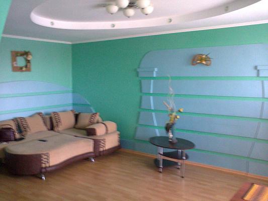 Двухкомнатная квартирапосуточно в Тернополе. ул. Самчука, 32. Фото 1
