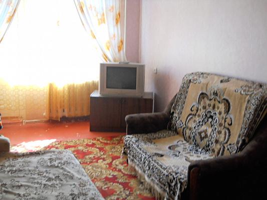 Однокомнатная квартирапосуточно в Мариуполе. пр-т Металлургов. Фото 1