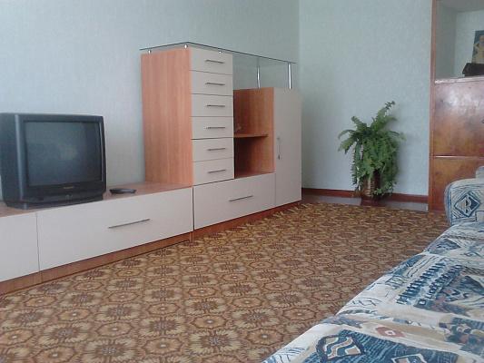Трехкомнатная квартирапосуточно в Житомире. Хлебная, 26. Фото 1