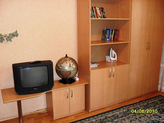 Однокомнатная квартирапосуточно в Виннице. Замостянский район, ул. Бевза, 36. Фото 1