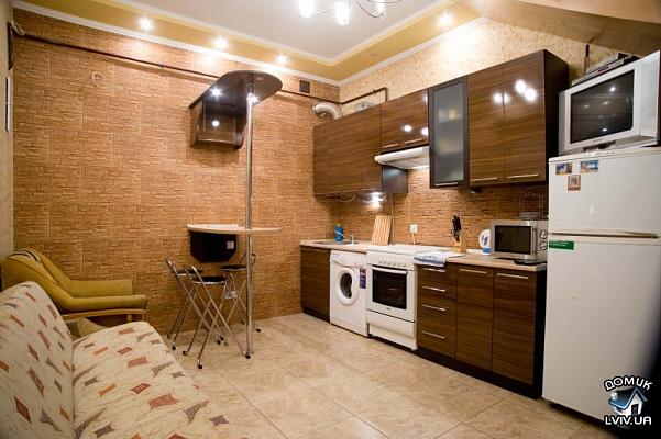 Двухкомнатная квартирапосуточно в Львове, Галицкий район, ул.Котлярская, 5. Фото 1