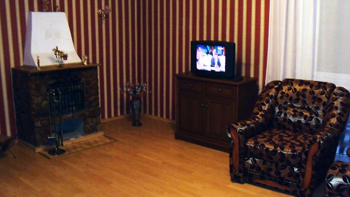 Двухкомнатная квартирапосуточно в Трускавце. ул. Бориславская, 41. Фото 1