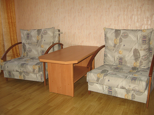 Двухкомнатная квартирапосуточно в Ровно. пр-т Мира, 17. Фото 1