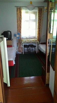 1-комнатная квартира посуточно в Евпатории. ул. Приморская, 22. Фото 1