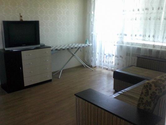 Однокомнатная квартирапосуточно в Южном (Крым). григоревского дессанта, 14. Фото 1