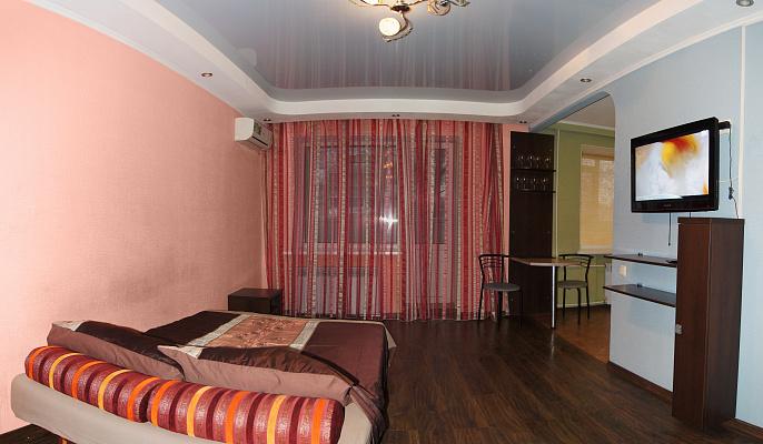 Однокомнатная квартирапосуточно в Луганске. Ленинский район, ул. Титова, 11. Фото 1