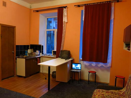 Однокомнатная квартирапосуточно в Львове. Лычаковский район, Донцова, 19. Фото 1