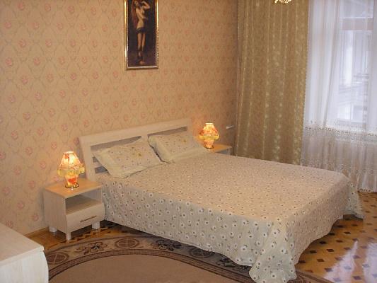 Двухкомнатная квартирапосуточно в Одессе. Приморский район, ул. Канатная, 10. Фото 1
