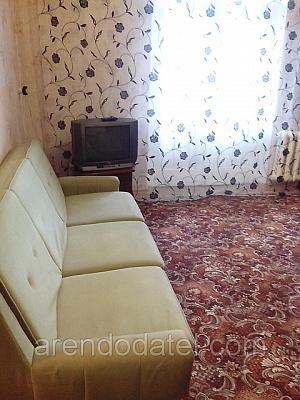 Однокомнатная квартирапосуточно в Горловке. ул. Мориса Тореза , 1. Фото 1