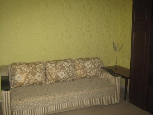Двухкомнатная квартирапосуточно в Мариуполе, Левобережный район, б-р Комсомольский, 54. Фото 1