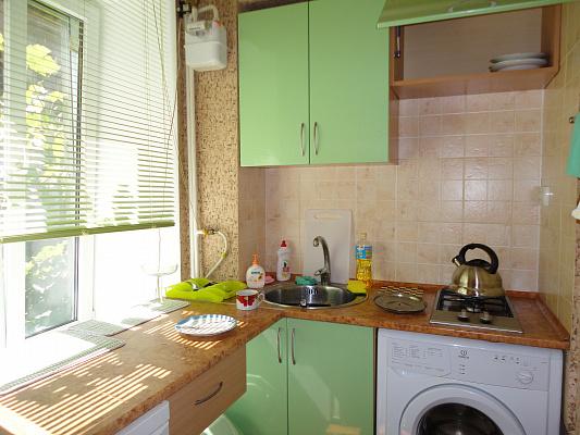 Однокомнатная квартирапосуточно в Одессе. Приморский район,  Пушкинская ул., 67. Фото 1