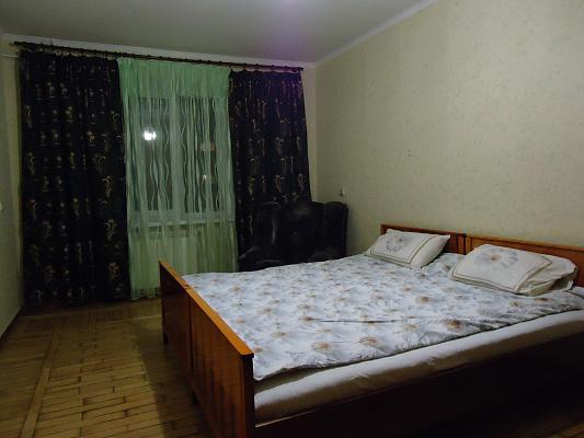 Двухкомнатная квартирапосуточно в Виннице, Ленинский район, ул. Александра Блока, 8. Фото 1