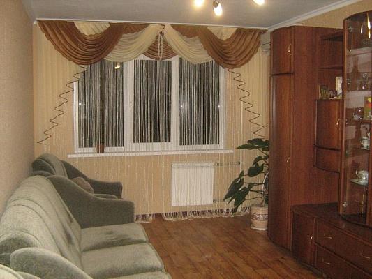 Двухкомнатная квартирапосуточно в Алуште. ул. Симферопольская, 22. Фото 1